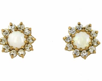 Vintage 9ct Yellow Gold Opal Cluster Studs, 9ct Gold Opal Earrings, Vintage Opal Earrings, 9ct Gold Flower Cluster Opal Studs