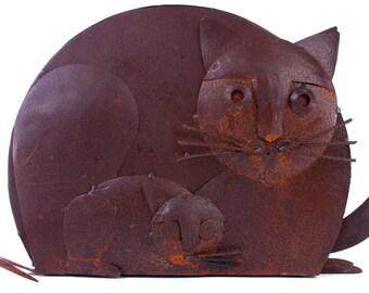 Sheet metal Cat and kitten, rustic oxidized yard art, indoor outdoor decor, wild life pet animal