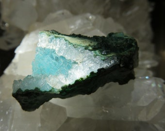 Free shipping in the US!  Druzy Chrysocolla from Arizona!