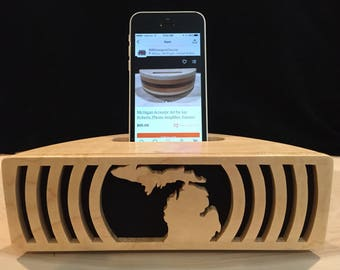 State of Michigan Acoustic speaker Phone amp iPhone amplifier iPhone speaker Wooden speaker Charging station iPhone dock Docking station