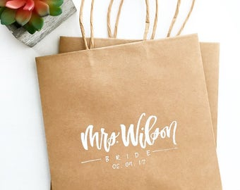 Custom Gift Bags / Hand Lettered Gift Bags / Gift Bags / Birthday Party Bag / Wedding Bag / Party Favor / Party Supplies / Welcome Bags