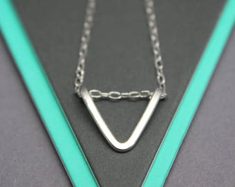 Silver triangle necklace, minimalist geometric jewellery, triangle necklace, simple silver necklace,layering necklace,small triangle pendant