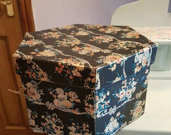 MARSHALL AND SNELGROVE hatbox black floral design