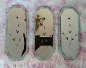 Trio of exquisite antique mirrored glass fingerplates, Venetian style