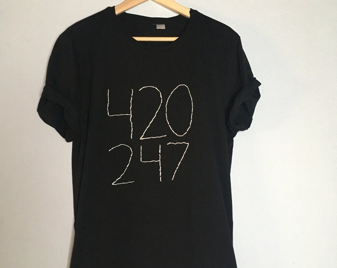 420 24/7 (Tshirt bestickt)