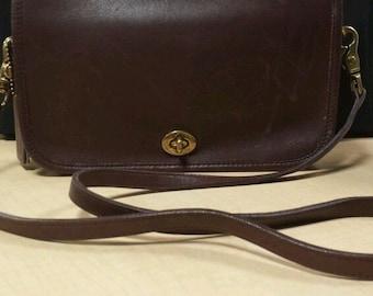 Vintage Coach Brown Leather Penny Crossbody Shoulder Bag Purse Messenger Hobo
