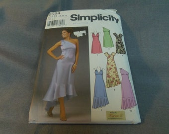 Womens Dress with Empire Waist, Size 6, 8, 10, 12, Uncut Pattern, Simplicity 5094