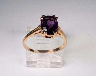 10K Yellow Gold Amethyst Ring , 2.5 grams, Size 8.25