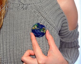 Needle Felted Earth Brooch, Needlefelted brooch, Earth pin, Galaxy jewelry