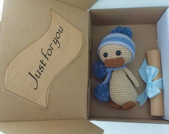 Crochet Ugly Duckling in Grey Hat with PERSONALISED GIFT TAG, Duck Handmade Amigurumi, Duck Plush Toy, Birthday gift for kid, Crochet Duck