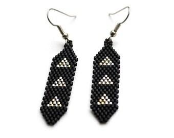 Black dangle earrings Geometric beaded earrings Black seed bead earrings Small stylish earrings Beadwork earrings Short dangle earrings