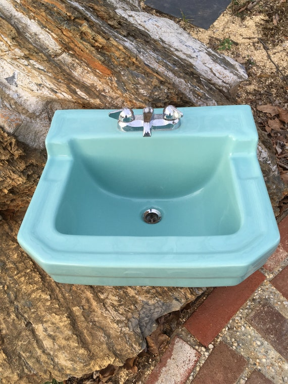 Bathroom Sinks Made In Usa vintage gerber 1959 porclain wall mount bathroom sink k-65 made in