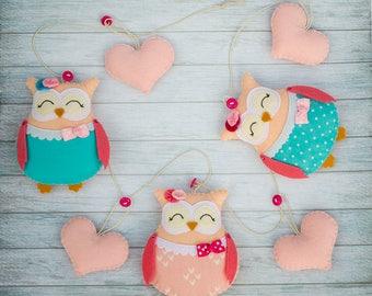 Owl garland Nursery decor Pink animal nursery Cute owl Girl gift Pink turquoise room Heart garland Felt heart decor Baby mobile Baby garland