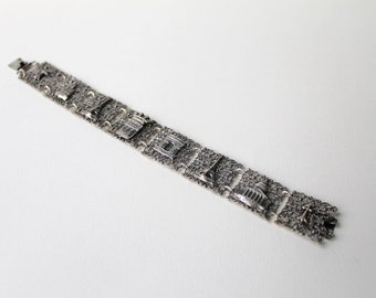Vintage Art Deco Paris souvenir silver bracelet. Paris Eiffel Tower, Sacre Coeure, Arc de Triomphe bracelet. France souvenir bracelet.