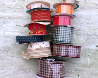 Lot of Vintage Ribbon, 170 yards of ribbon, Wire edge Ribbon, Floral Ribbon, Old New Stock, Sewing Supplies