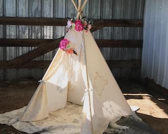 Boho Vintage Lace Teepee - Shabby Chic Nursery Decor - Bohemian Girls Teepee Tent