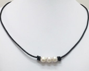 Freshwater Pearl Leather Necklace,Three Pearl Necklace,8mm-9mm Pearl Necklace,Natural Black Leather Pearl Necklace,Gift for Her
