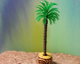 Dolls House miniature Palm Tree  1/36 scale or smaller. 2 Available