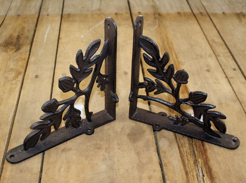 small oak leaf u0026 acorn cast iron shelf bracket pair