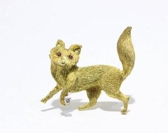 Whimsical Vintage 18K Gold and Diamond Fox Animal Brooch