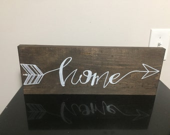 Wooden Home arrow sign