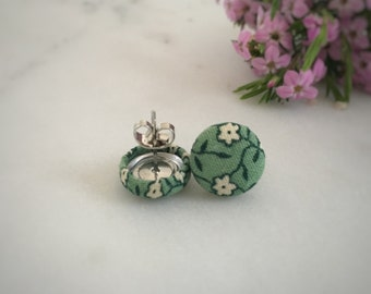 White Flowers. White and Green Earrings. Handmade Earrings. Fabric Covered Button Earrings. Stud Earrings. Clip On Earrings.