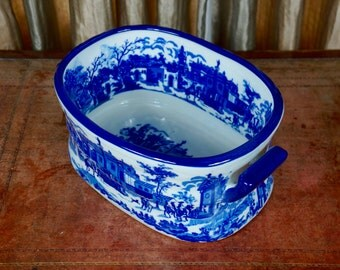 Small Victorian Style Stoneware Blue and White Foot bath