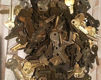 Lot of 10 Vintage Blank Keys