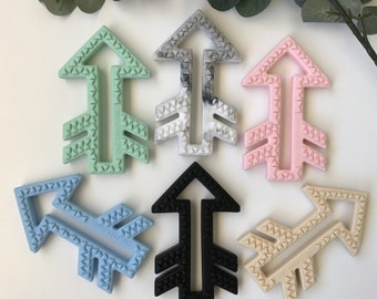 Arrow silicone teethers