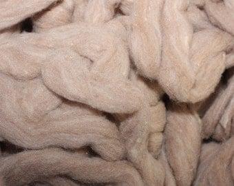 Pin drafted Merino fiber roving, light brown
