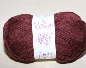 Nature Spun Worsted Weight, color N89W, lot 089    Roasted Coffee