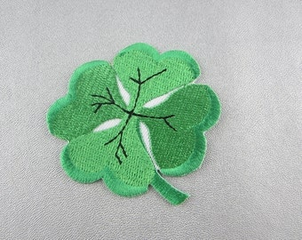 Embroidery Green Leaf Iron On Patch