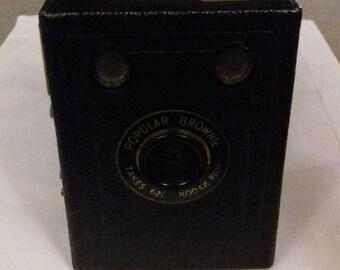 Vintage Camera - Popular Brownie 620