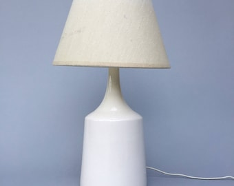 Small Ceramic Table Lamp In the Style of Martz or Bostlund - Mid Century Modern