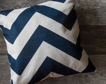Navy Blue Pillow Cover, Navy Blue Zigzag Pattern Pillow Cover, Blue Throw Pillow, Cushion Cover, Ocean Theme, Nautical Pillow Cover