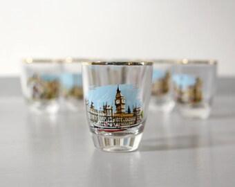 Kitsch 1950s Vintage Shot Glass Set Featuring London Landmarks