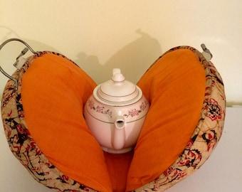 Vintage teapot cozy, teapot carrier, suitecase, teapot warmer, travel teapot holder, unique teapot, teapot collector, teapot bag, carpetbag