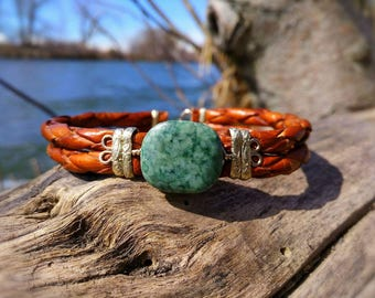Green jadeite jade and leather bracelet