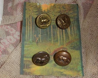 4 old buttons of hunting, venery