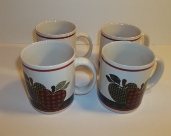 Set Of Apple Coffee Cups Mugs Plaid