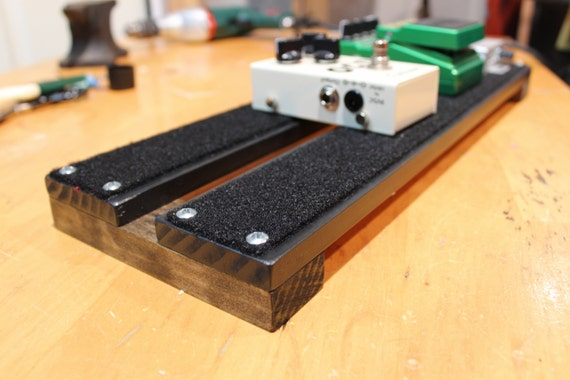 beautiful hand made pedalboard for guitar or bass 18x6. Black Bedroom Furniture Sets. Home Design Ideas