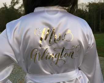 Bridesmaid Robes, Bride Robe, Bridal Robes, Silk Satin Monogrammed Robes, Personazlized Wedding Gift, Glitter Robe, Mother of the Bride Gift