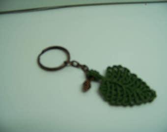 macrame leaf keychain