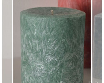 Hand Poured Crystal Wax Pillar Candle: 9.5cm - Lime & Sandalwood Scented