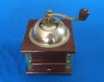 French Vintage coffee grinder