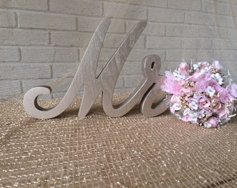 Script font wood sign Mrs and Mr for wedding table Champagne Mrs and Mr, Mrs and Mr glittered letters, wooden letter Mrs and Mr glitter