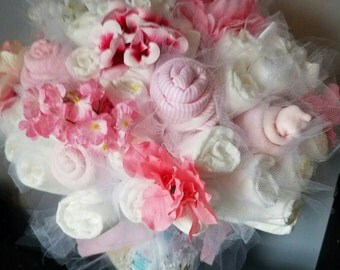 Diaper bouquet - baby shower centerpiece - baby shower decorations - unique baby gift - new baby gift- new mom gift - baby shower gift