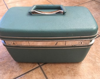 Vintage 1960's Samsonite Silhouette Train Case (Schwayder Bros Inc. Denver) Luggage/ Overnight Case