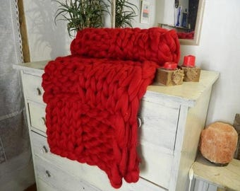 Oversize Red Knit Blanket. Chunky Red Throw. Arm Knitted Tick Wool Blanket. Bulky Knit Blanket. Giant Merino Blanket. Housewarming gift.