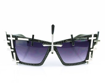 Black Gothic Sunglasses | Studded Sunglasses | Black Crystal Sunglasses | Gothic Eyewear | Black Cateye Glasses | Fashion Sunglasses |